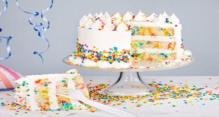 preparar torta de cumpleanos